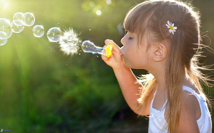 chica,-burbujas,-pompas-de-jabon-168997